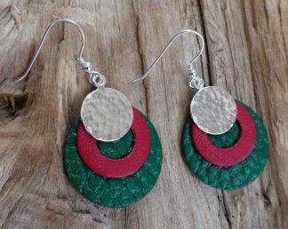 Boucles d'oreille Argent 925, rond martelé bouterolle et Cuir vert et rouge - Spécial Doudou