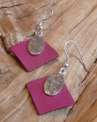 Boucles d'oreille Argent 925, ovale martelé losange et Cuir rose carré