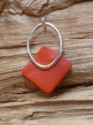 Pendentif Argent 925 cercle ovale et Cuir orange, forme carré