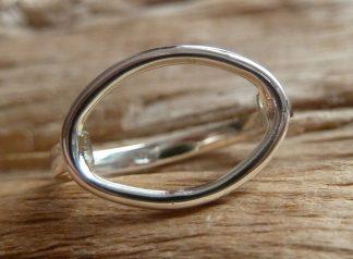 Bague Argent 925 cercle ovale au dessus