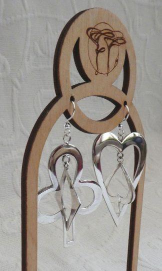 Boucles d'oreille Argent 925, en forme de cartes à jouer. Deux motif que s'enchevêtrent