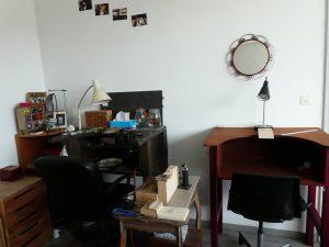 Atelier de bijoutier. Mon établis et un établis pour les stage. Espace de soudure