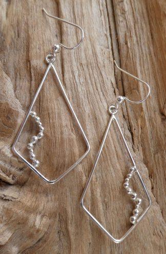 Boucles d'oreille en fil d'Argent 925 forme losange et perles d'argent