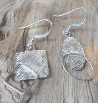 Boucles d'oreille Argent 925, formes pleines avec un fil soudé dessus, carré et ovale, martelé patchwork et ondulé, brillant