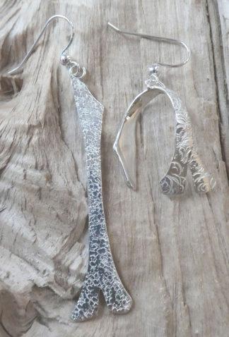 Boucles d'oreille Argent 925 formes spéciale dont une corbée, martelé pois et spirale, brillant