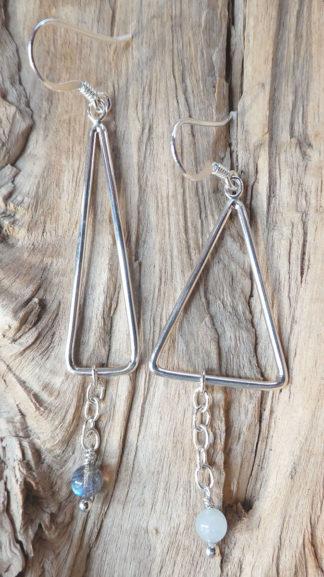 Boucles d'oreille Argent 925 - Labradorite et Aigue-Marine - deux triangles en fil, de hauteur et largeur différentes